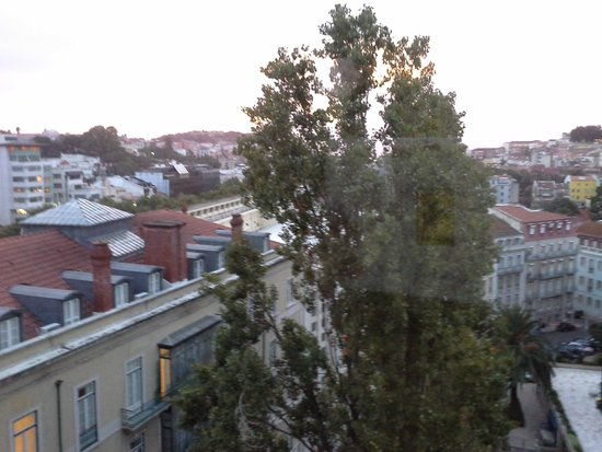 Tivoli Avenida Liberdade Lisboa: Yep the view is nice, on the upper fllors