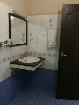 Aranyaka Resort: Bathroom Ganga2