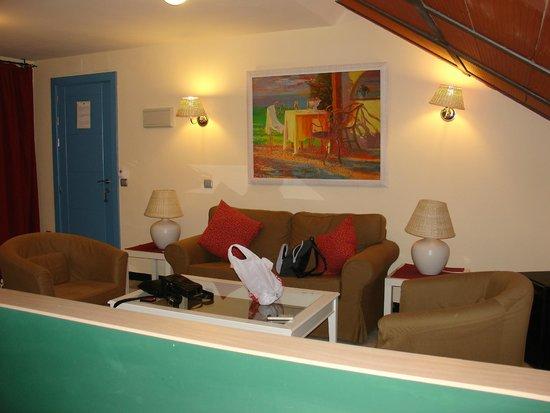 Hotel Conde de Cárdenas: Private suite sitting area