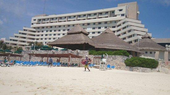 Royal Solaris Cancun: vista zona descanso