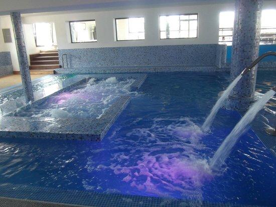 Les Mediterranees   Camping Beach Garden: Indoor Pool