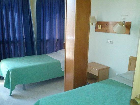 Vina del Mar Apartments : HABITACION