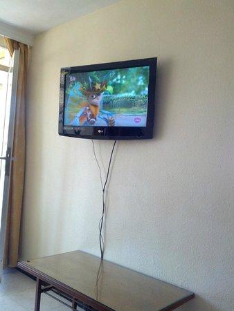 Vina del Mar Apartments : TELEVISION NUEVA