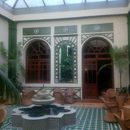 Hotel Bouregreg : Lobby again and nice lounge