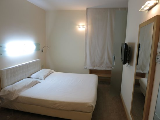 Venetia Palace Hotel: Room