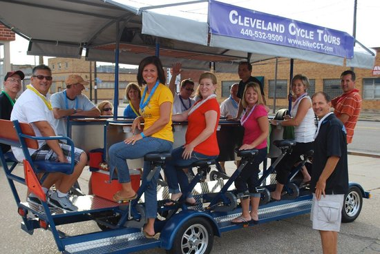 ‪Cleveland Cycle Tours‬