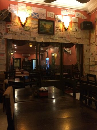 Khmer Saravan: travlers notes on the walls