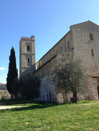 Tuscan Sunshine Tours: Sant Antimo By Montalcino