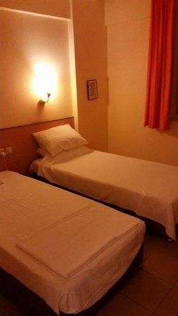 Amphi Apartments & Studios : bedroom