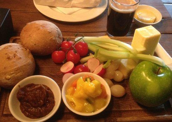 The Drunken Duck Inn: an Excellent Ploughman's lunch