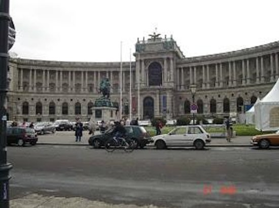 Hofburg: PALACIO IMPERIAL HOBBURG