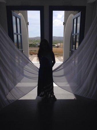 Acroterra Rosa Luxury Suites: Reception area!