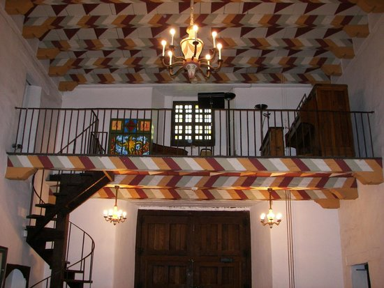 Mission Dolores : A look at the balcony