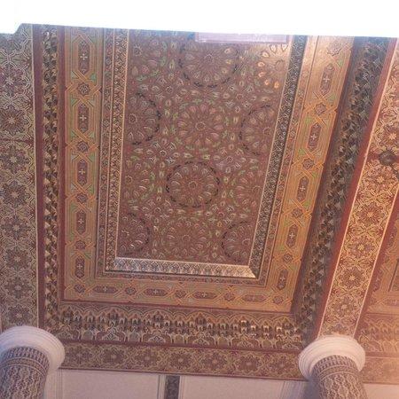 Moroccan House Hotel Casablanca: Ceiling