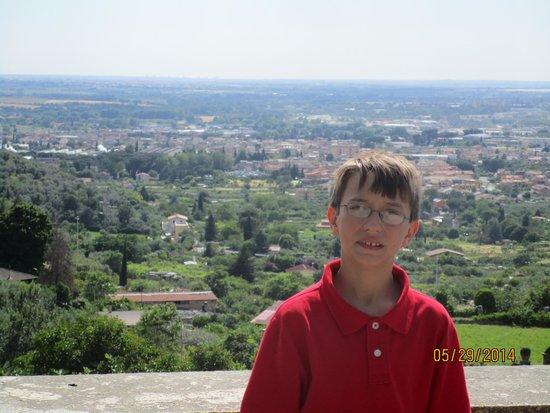 Villa d'Este: Nolan with the valley behind him