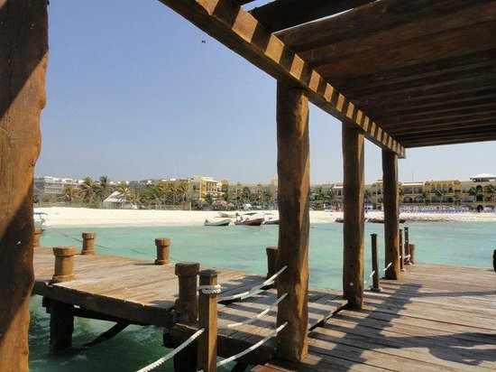 Gran Porto Resort: looking back at the hotel from the dock