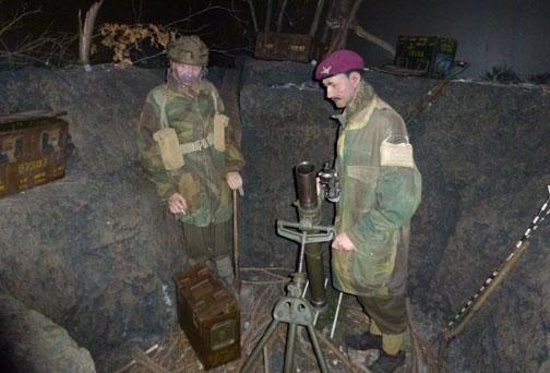 Airborne Museum Hartenstein: Reenactment in the basement of the museum