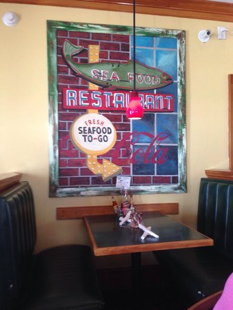 Mulligan's Grille in Historic Cottage Row: Colorful picture