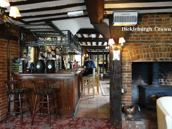 The Dickleburgh Crown : Bar