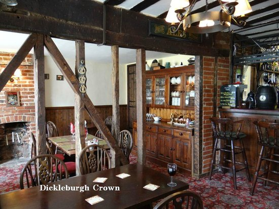 The Dickleburgh Crown : Eating Area