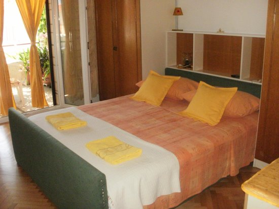 Guesthouse Sandra: Private double bedroom