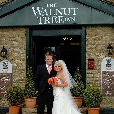 The Walnut Tree Inn: Wedding