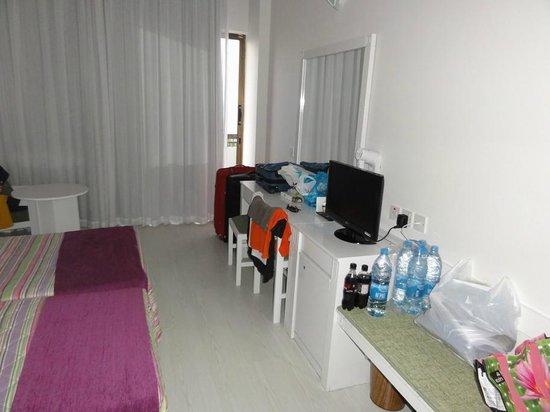 Crystal Springs Beach Hotel: Zimmer