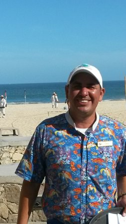 Royal Solaris Los Cabos : Ramon...best pool side server...love that smile!