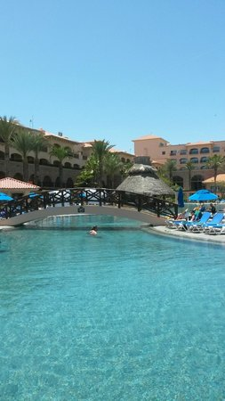 Royal Solaris Los Cabos : view of pool from our pool chairs