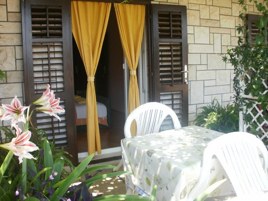 Guesthouse Sandra: Terace