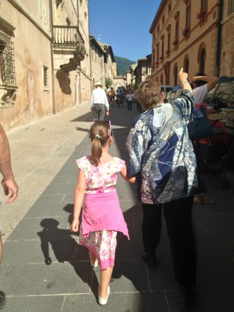 Anne's Italy : Walking with Annie