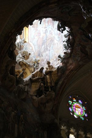 Catedral Primada: Opening allowing light into the cathedral