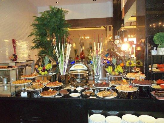 Rixos Bab Al Bahr: Dessert warm