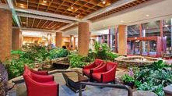 Crowne Plaza Atlanta Perimeter at Ravinia : Atrium Lobby