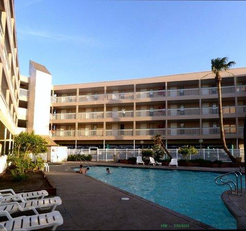 Villa Del Sol: pool and outside