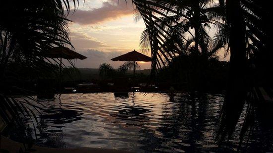 Los Altos de Eros: Sunset.
