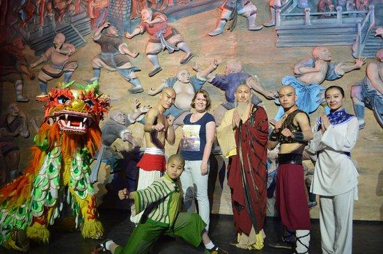 Red Theatre Beijing Kung Fu Show : Foto met de cast