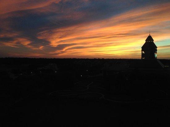 The Renaissance World Golf Village Resort: Sunset view from room.