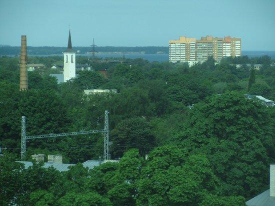 Park Inn by Radisson Meriton Conference & Spa Hotel Tallinn : View towards the sea