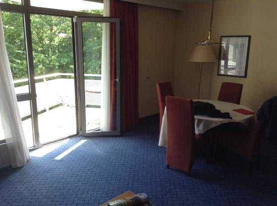 Mercure Hotel Frankfurt Airport Dreieich: view from the couch