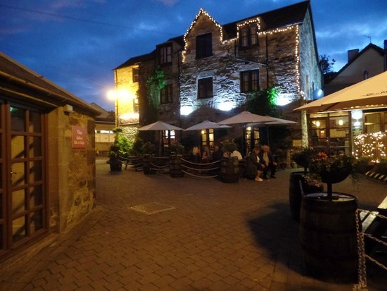 The Old Mill Inn: Evening view ..