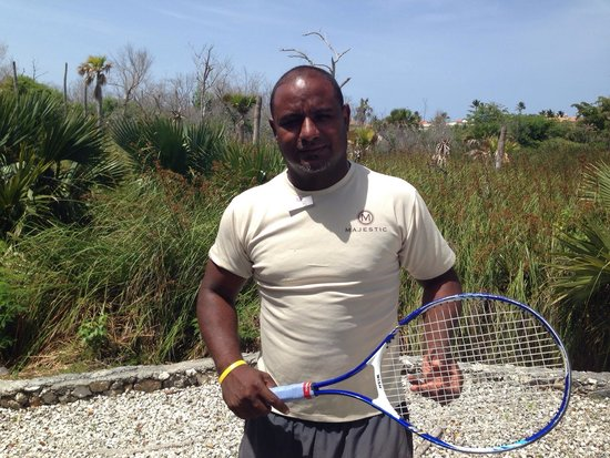 Majestic Colonial Punta Cana: Yojalis Tennis Pro at Majestic Colonial