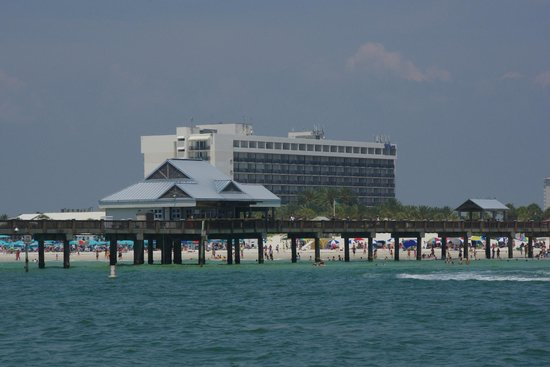 Hilton Clearwater Beach : Another view from the sea