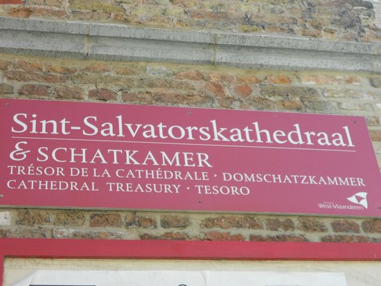 Holy Savior Cathedral (Sint-Salvatorskathedraal) : EXTERIOR CATEDRAL
