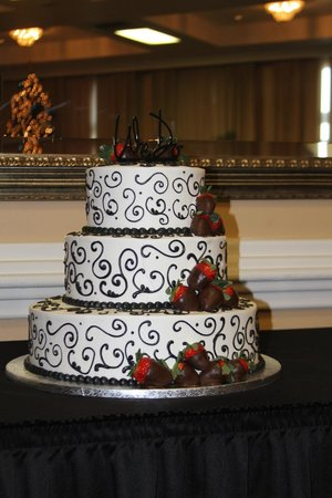 El Caribe Resort and Conference Center: Amazing Wedding Cake