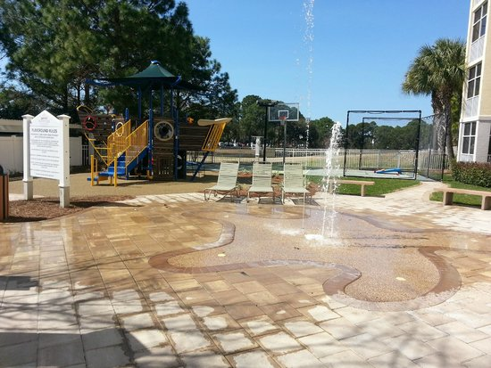 Marriott's Legends Edge at Bay Point: One of the many activities, a kids splash pad, a climbing structure, and a basketball court