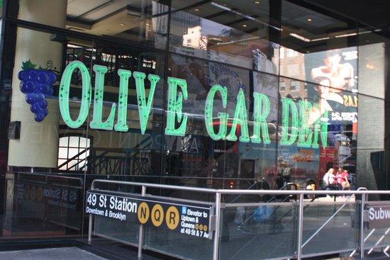 Olive Gardens Picture Of Olive Garden New York City Tripadvisor