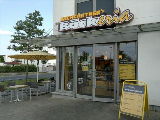 wiehg rtner 39 s b ckeria erlangen allee am roethelheimpark 6 restaurant bewertungen. Black Bedroom Furniture Sets. Home Design Ideas