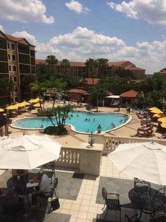 Westgate Lakes Resort & Spa: awesome pool and poolside DJ