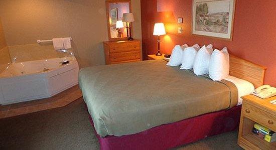 AmericInn Lodge & Suites Hesston